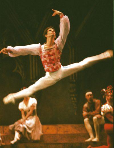 Ballet-Nacional-de-Cuba-El-lago-de-los-cisnes(4)