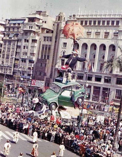 Vestuario-ninots-falla-ayuntamiento-1986